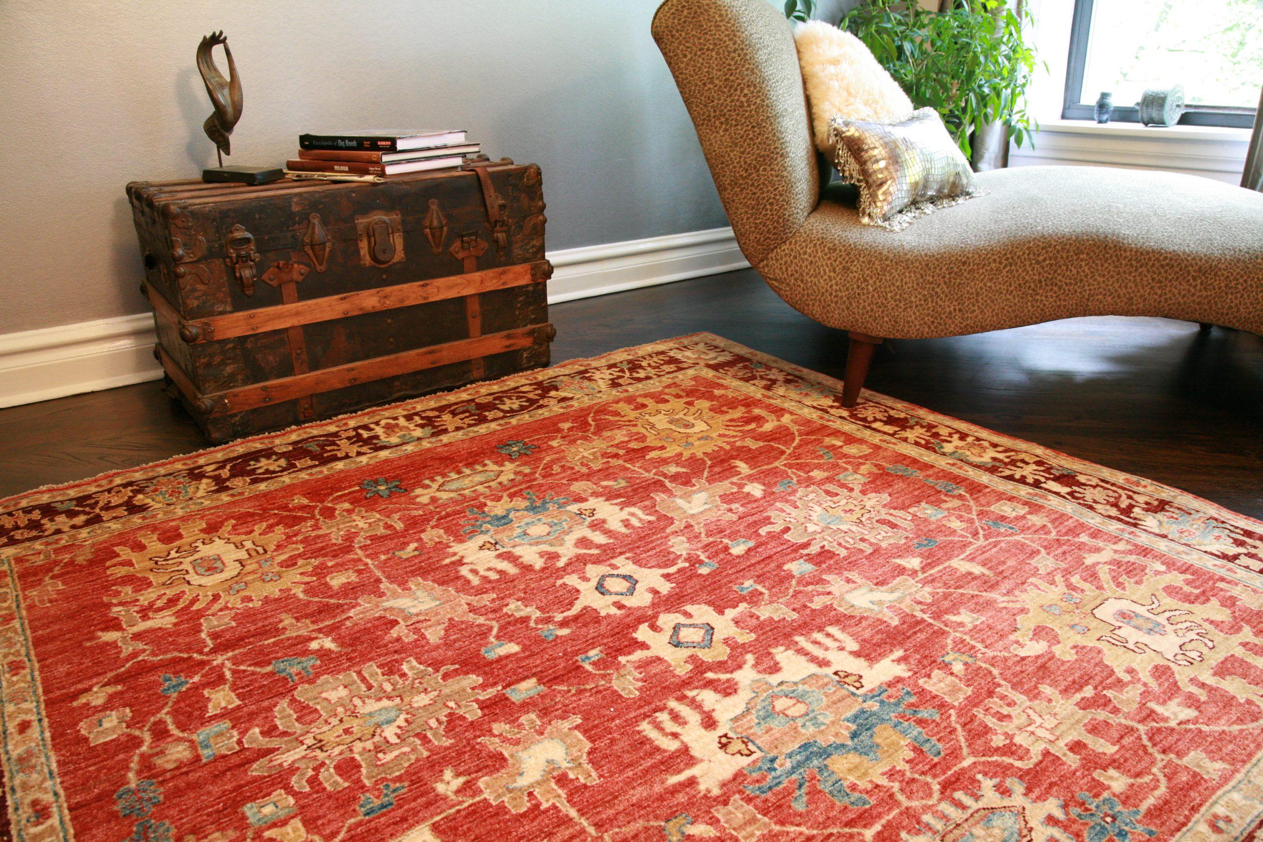 Red carpet in living room